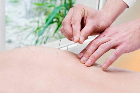 出張専門こしがや鍼灸治療所 ご自宅にて治療が受けられます